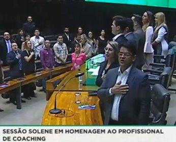 Sessão solene na Câmara dos Deputados promove homenagem para o profissional de Coaching