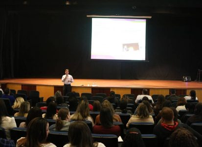 Início do programa coaching para educadores na semana pedagógica do Carmen Sallés