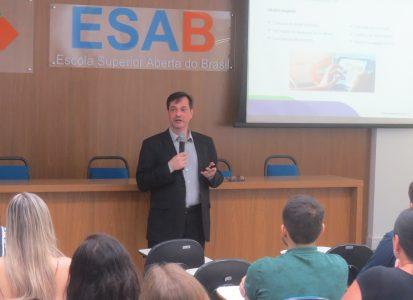 Treinamento na ESAB – Escola Superior Aberta do Brasil